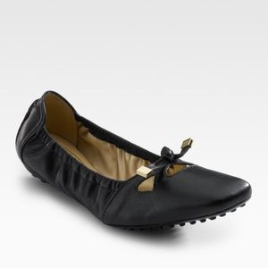Tod's Degas ballet flat and sleeves size 9