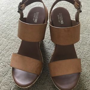Mossimo Tan Wedges -Size 6