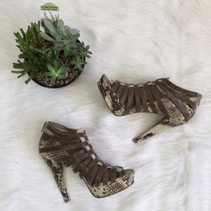 7 For All Mankind Ruby Heels Snakeskin Print