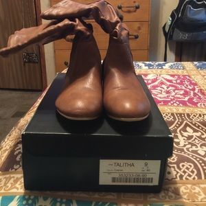 Just fab boots sz9