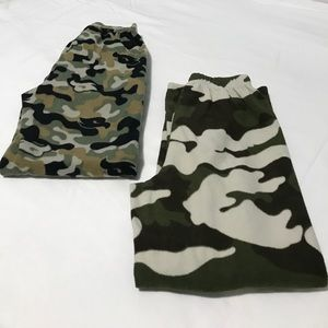 🔴items for $15 Two cozy pants
