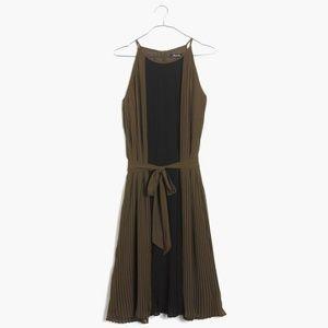 🆕️Madewell Pleated Dress