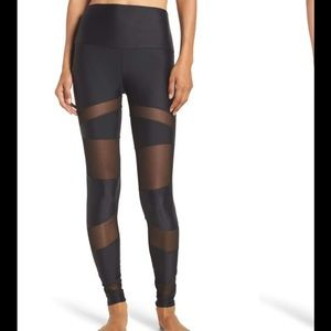 Onzie high waisted mesh panel tights . Like new