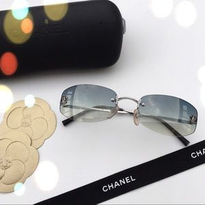 Auth Chanel Sunglasses/Case/ Chanel cleaning cloth