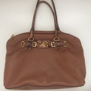 Yummy soft Large brown Michael Kors satchel