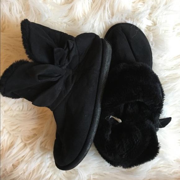 c4f30f97f5f88 Steve Madden Shoes | Black Bootie Slippers Indooroutdoor | Poshmark