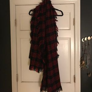 Free people blanket scarf!!