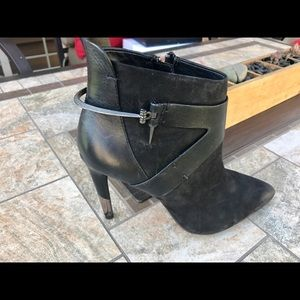 Dolce Vita -Isleen boots.