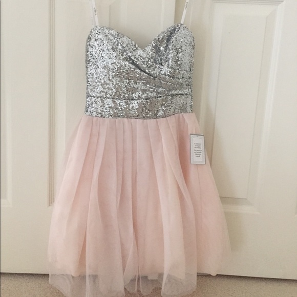 d135fb08453 Brand New Dillard s Pink Sparkle Homecoming Dress