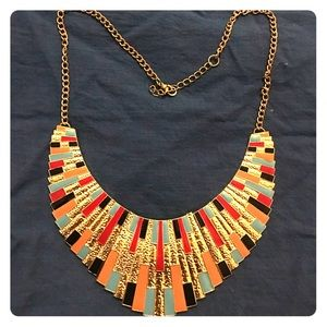 Jewelry - Multicolored golden necklace