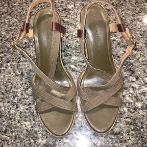 Banana Republic olive green wedges size 10