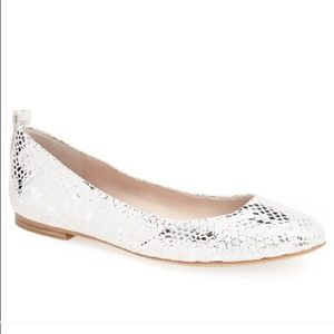 Vince Camuto Benningly Flat in Sterling Silver 7.5