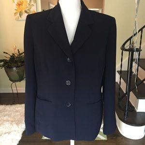 Kasper Navy blue blazer. Size large,petite.