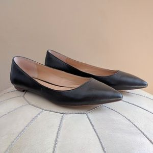 Banana Republic Angela Black Pointed Toe Flats 8