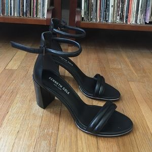 Kenneth Cole Simple Strap Heel
