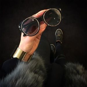 Tom Ford Joan - like new, NO scratches!