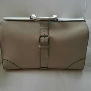 Prada leather briefcase, made in Italy!!!