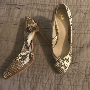 SNAKE SKIN HEELS + Only worn once!