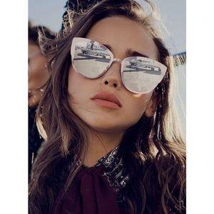 Q/A Quay x Desi Perkins Super Girl Sunglasses