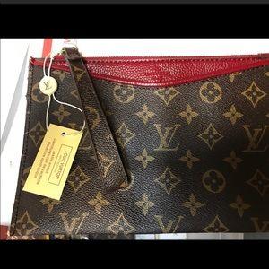 Handbags - red and brown wristlet