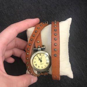 Other - Fashion Wrap watch