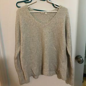 Grey Gap Sweater VERY SOFT