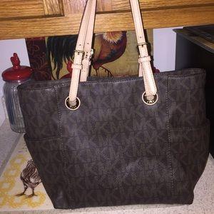 ❤️Authentic MK brown bag ❤️