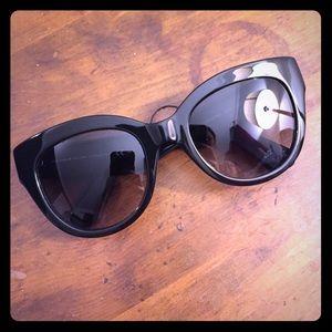 Kate Spade Cats Eye black plastic sunglasses