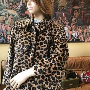 Yummy Leopard softest Faux Fur Jacket size L