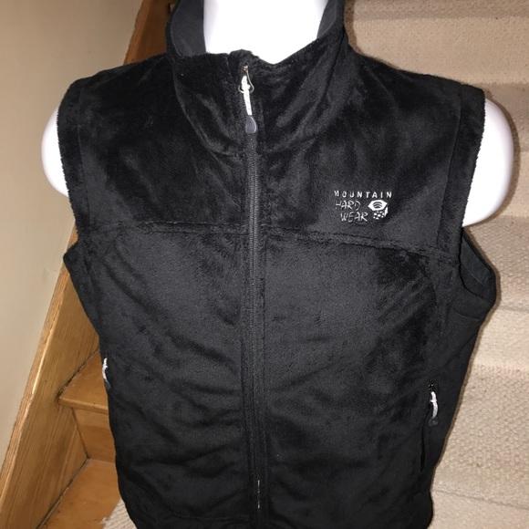 6403573e7f Mountain Hardwear fuzzy women s fleece vest - M. M 59c072e2f0137dafdc01f9c5