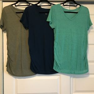 3 Super Soft Maternity V Neck Tees Liz Lange Large