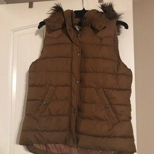 H&M Tan Puffer Vest