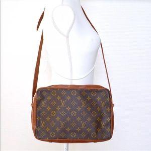 Authentic Louis Vuitton Sac Messenger