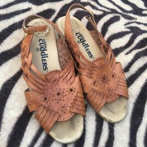 Cobbie Cuddlers Leather Woven sling back sandals