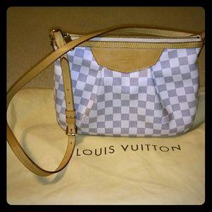 Louis Vuitton azur DM siracusa bag