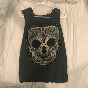 Lace skull muscle tank