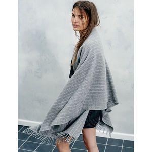 🆕 Madewell Wool Cape Scarf