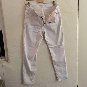 White Joe's jeans size 30 stay spotless