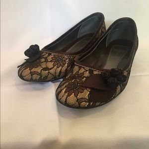 Paola Brown Lace Flats with Flower detail