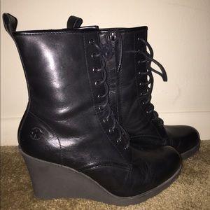 Doc Martens Wedge Heel Zip Boot Size 8
