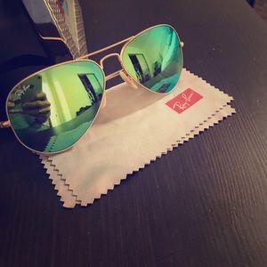 Green flash polarized Ray-Ban sunglasses
