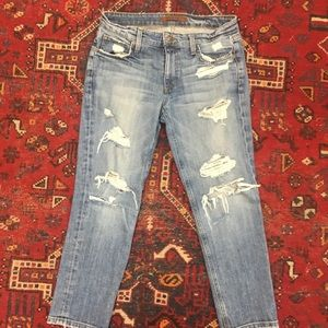 Joe's jeans size 26 slim crop distressed jeans