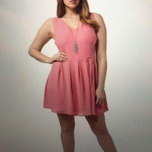 BB Dakota Prilla V Neck Swiss dot dress
