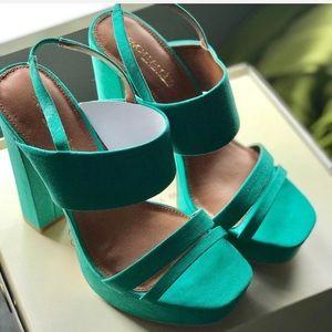Brand new Eva Mendez for Roxy Teal chunky sandals