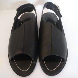 Charles David black leather sandals