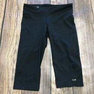 Champion workout Capri pants size medium