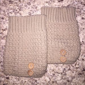 Accessories - Knitted Tan Boot Cuffs w/Decorative Buttons