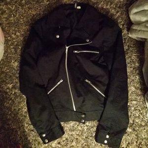 H&M divided black jacket