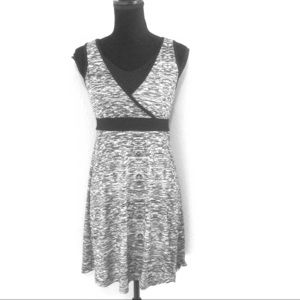 Tek Gear Black/Gray Athletic V Neck Dress Apparel