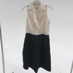 FORMAL DRESS WITH COLLAR